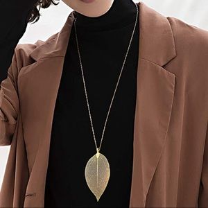 Brand New Metal Leaf Long Sweater Chain Necklace